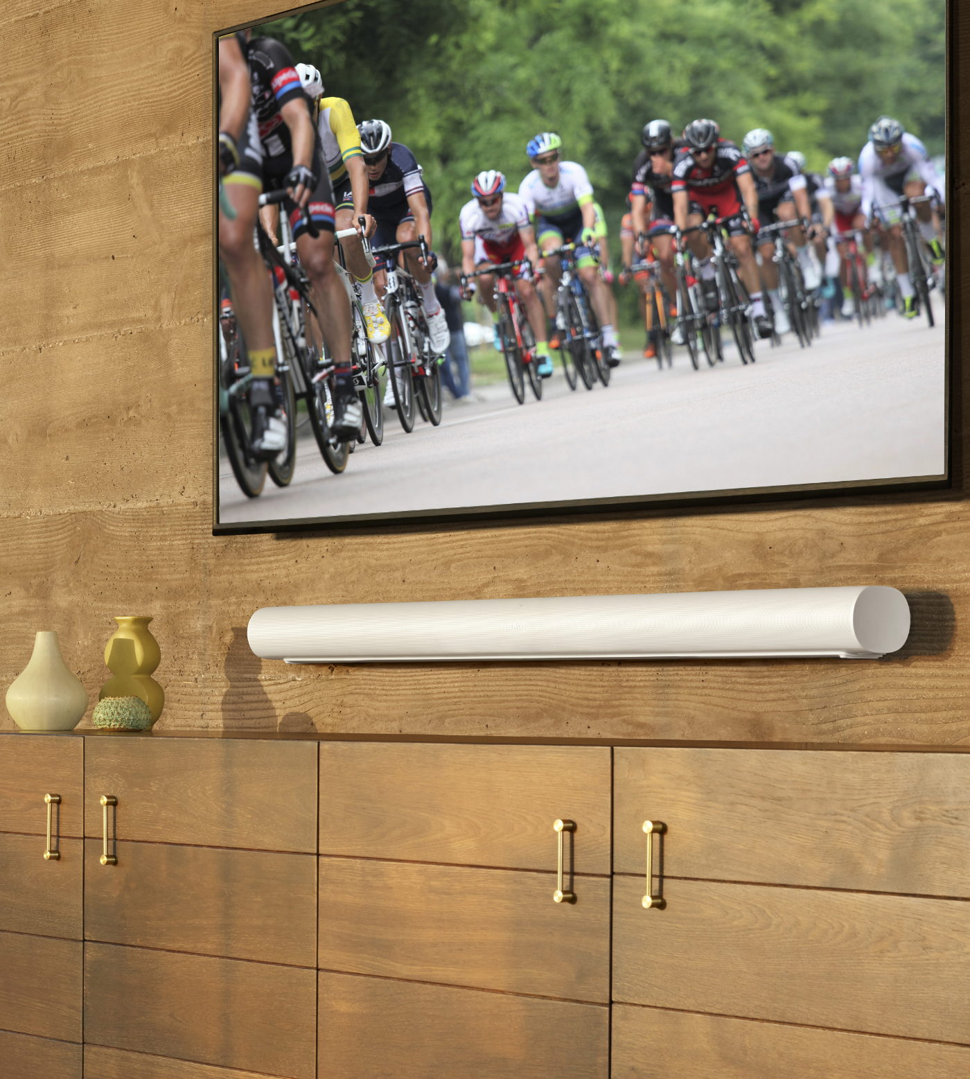 Arc_White-Lifestyle-At_Home_With_Sonos-Cycling-Q1FY21_MST-MST_JPEG_fid119877